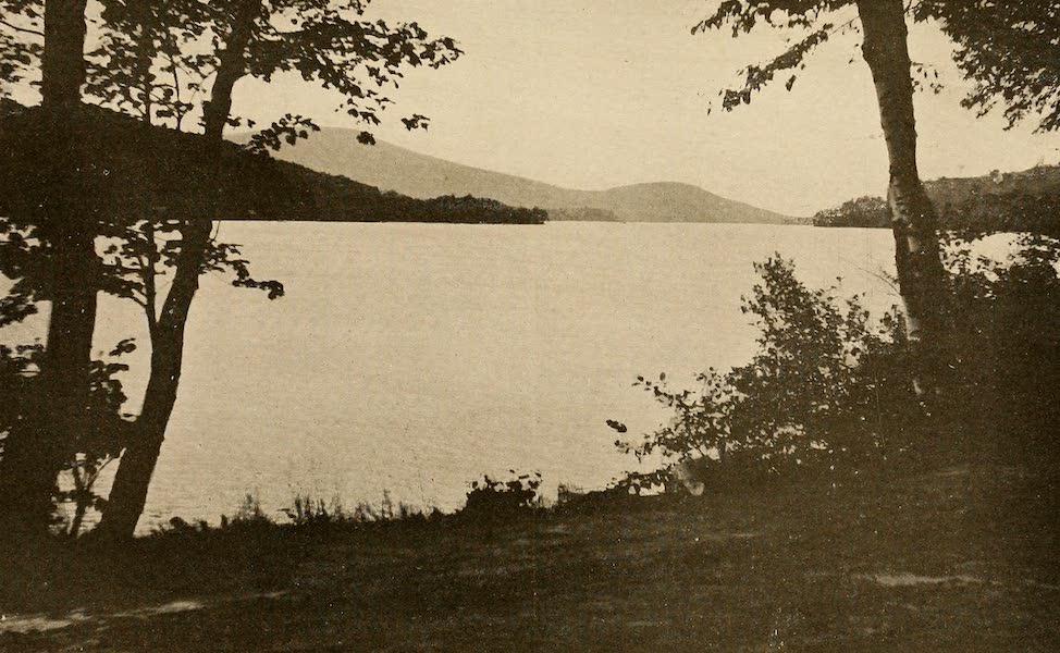 A Wonderland of the East - Lake Winnepesaukee (1920)
