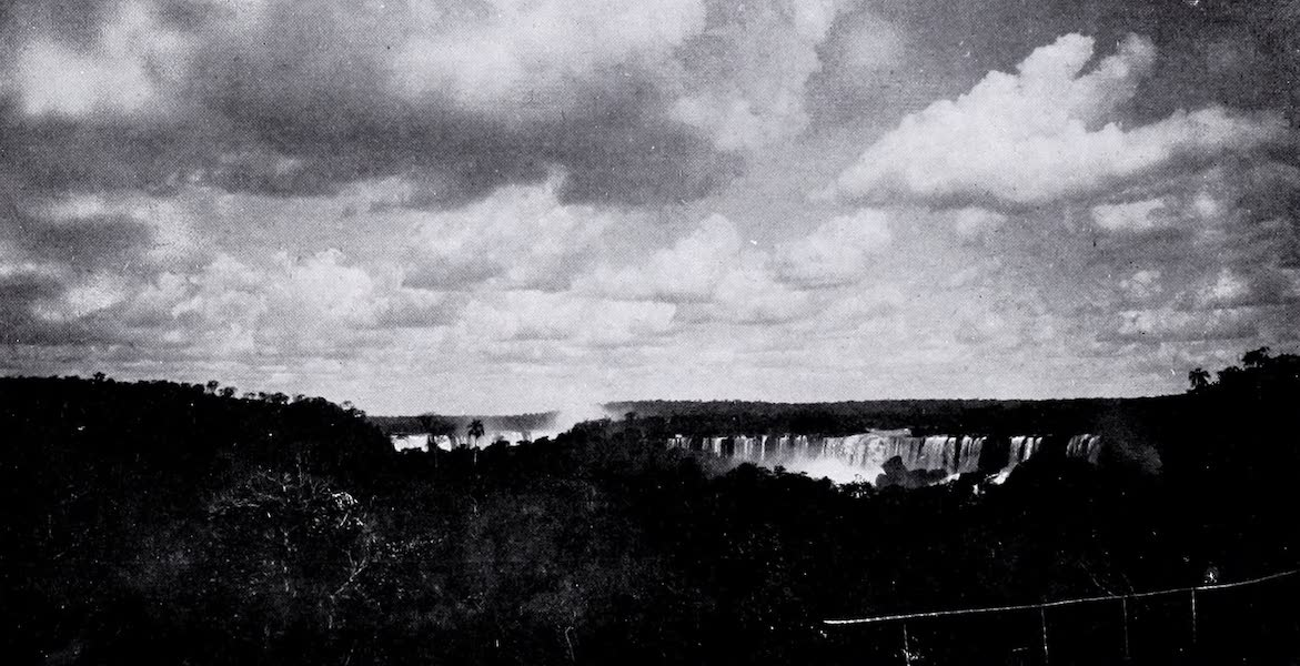 Argentina, Past and Present - The Main Fall : Igazu (1914)
