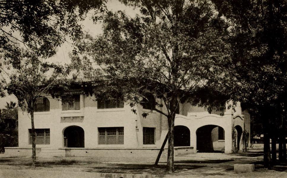 Arizona, The Wonderland - Woman's Club House, Phoenix, Arizona (1917)