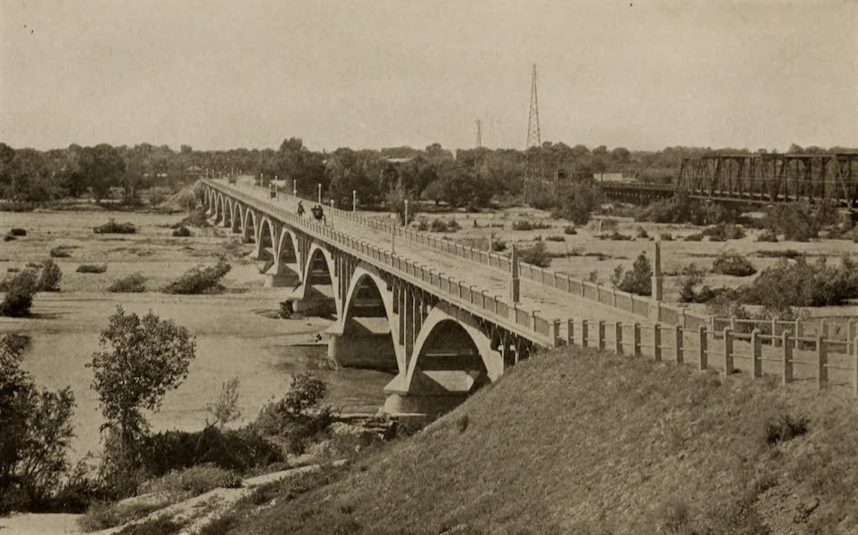 Arizona, The Wonderland - Bridge over the Salt River, Tempe, Arizona (1917)