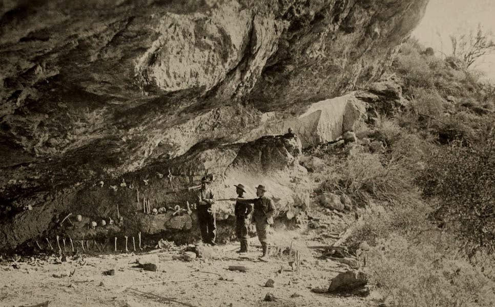 "Arizona, The Wonderland - Scene of the ""Fight of the Apache Cave"" (1917)"
