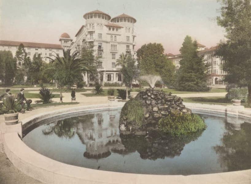 Beautiful Pasadena California - Hotel Green from Central Park (1920)