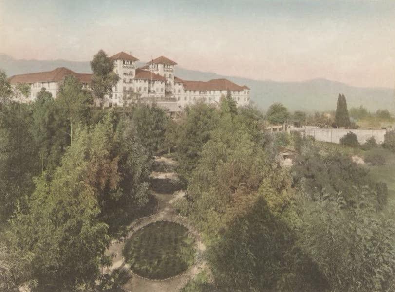 Beautiful Pasadena California - Hotel Raymond (1920)