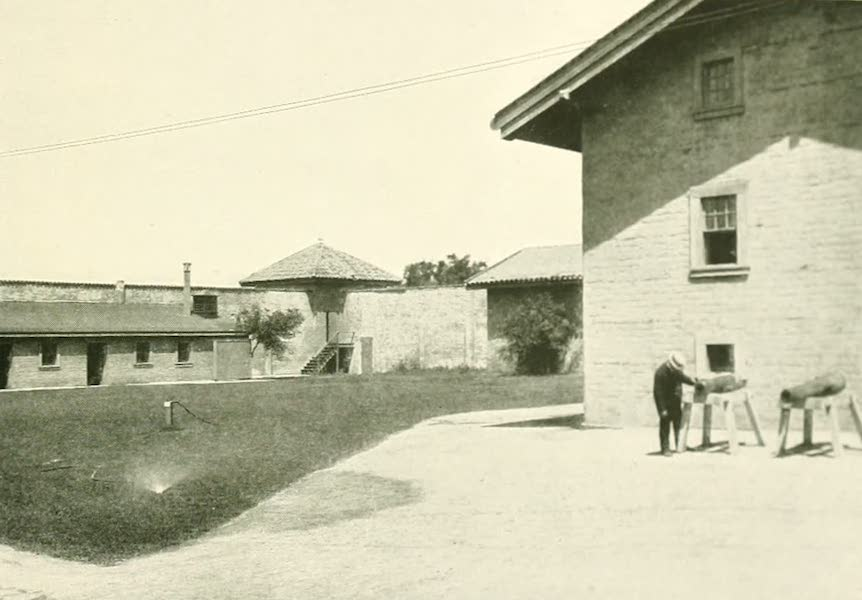 California the Wonderful - Sutter's fort at Sacramento (1914)
