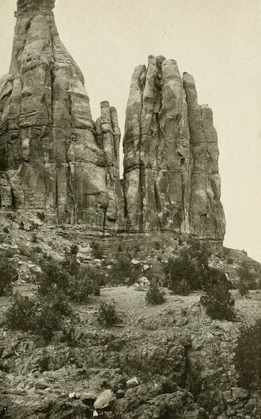 Colorado, The Queen Jewel of the Rockies - Court Group, Colorado National Monument (1918)