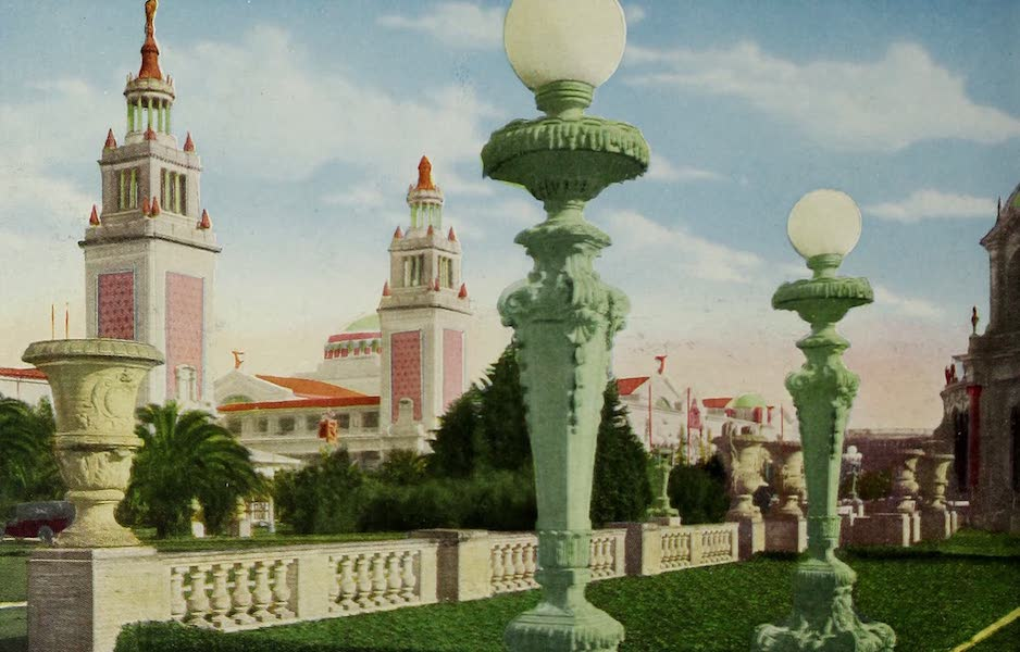 Colortypes of the Panama-Pacific International Exposition - Architectural Adornments, Great South Gardens (1915)