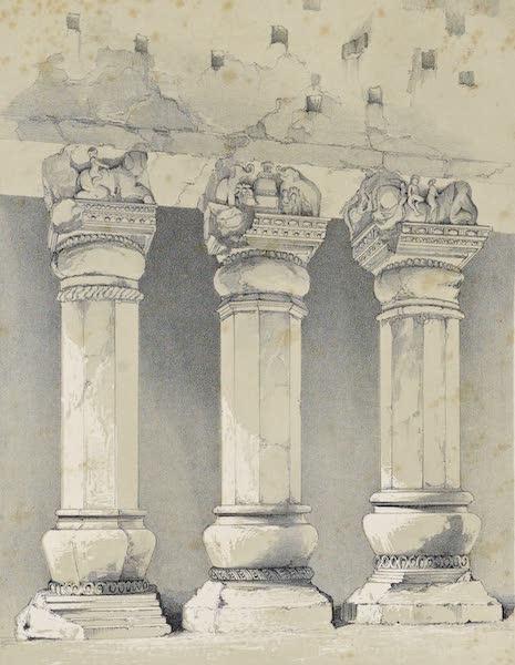Pillars in Great Chaitya Cave, Kannari