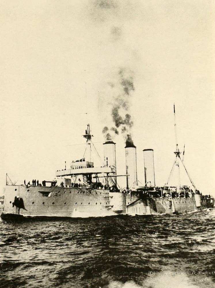 "Laird & Lee's World's War Glimpses - British Cruiser ""Berwick"" Off New York (1914)"
