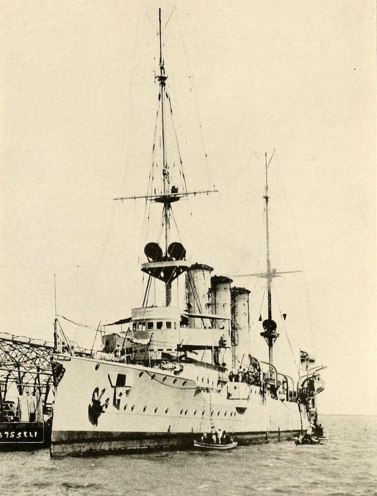 """Laird & Lee's World's War Glimpses - German Cruiser """"Dresden"""" (1914)"""