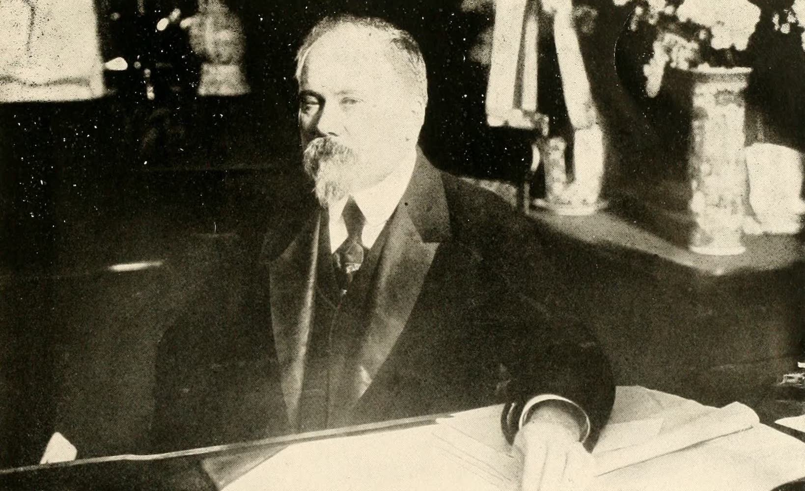 Laird & Lee's World's War Glimpses - President Raymond Poincare of France (1914)
