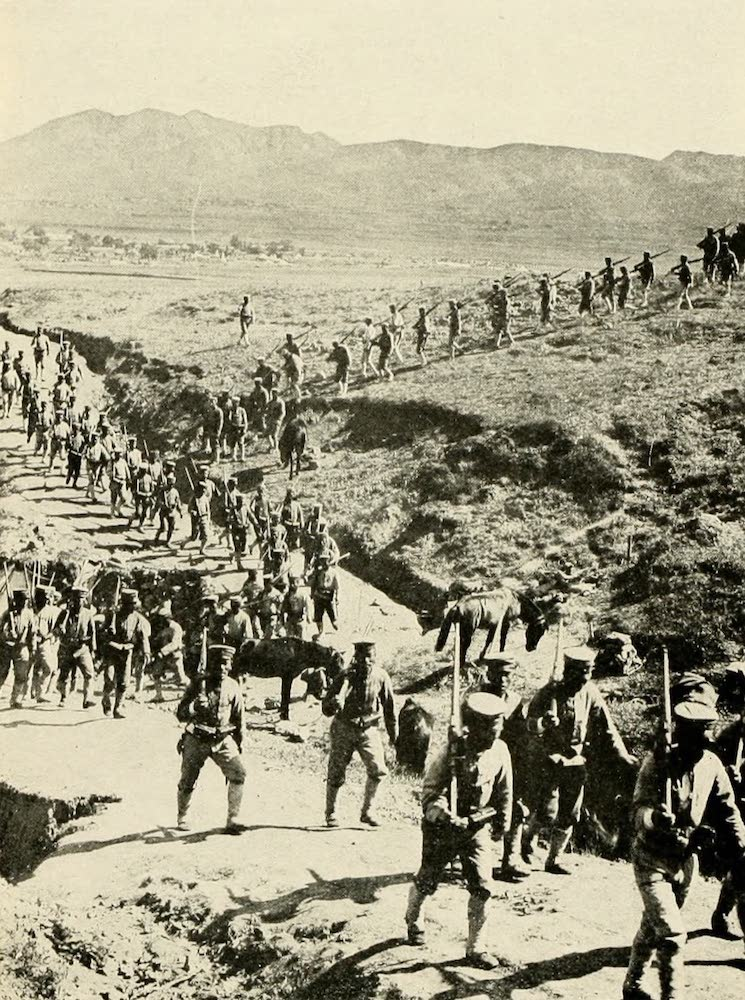 Laird & Lee's World's War Glimpses - A Company of the Mikado's Fighting Men on the Firing Line (1914)