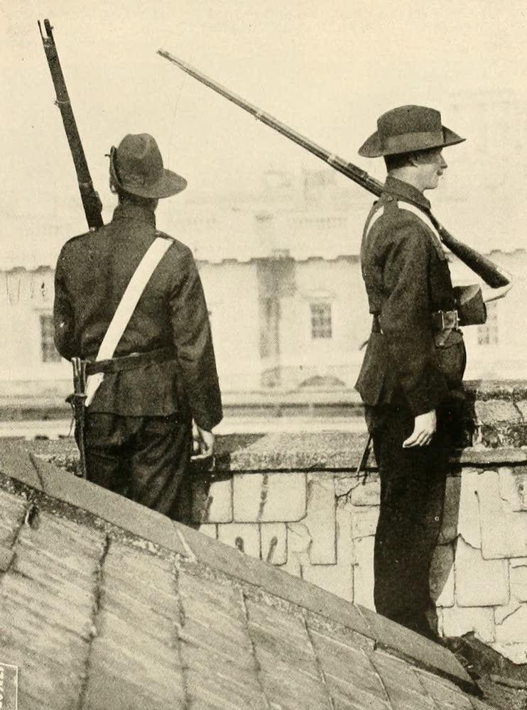 Laird & Lee's World's War Glimpses - Sentinels of a Yorkshire Regiment (1914)