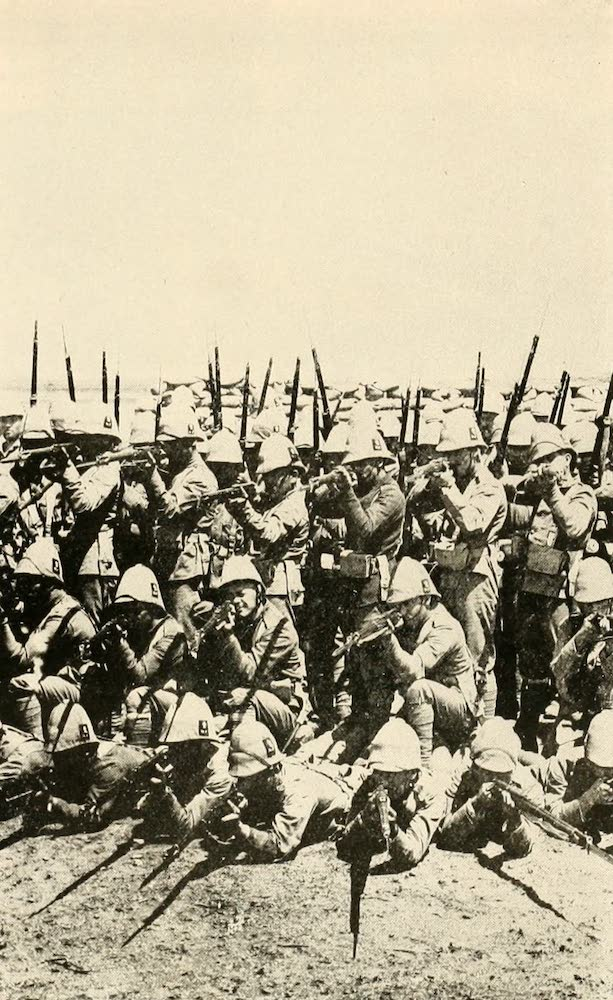 Laird & Lee's World's War Glimpses - English Royal Fusileers Ready for Action (1914)