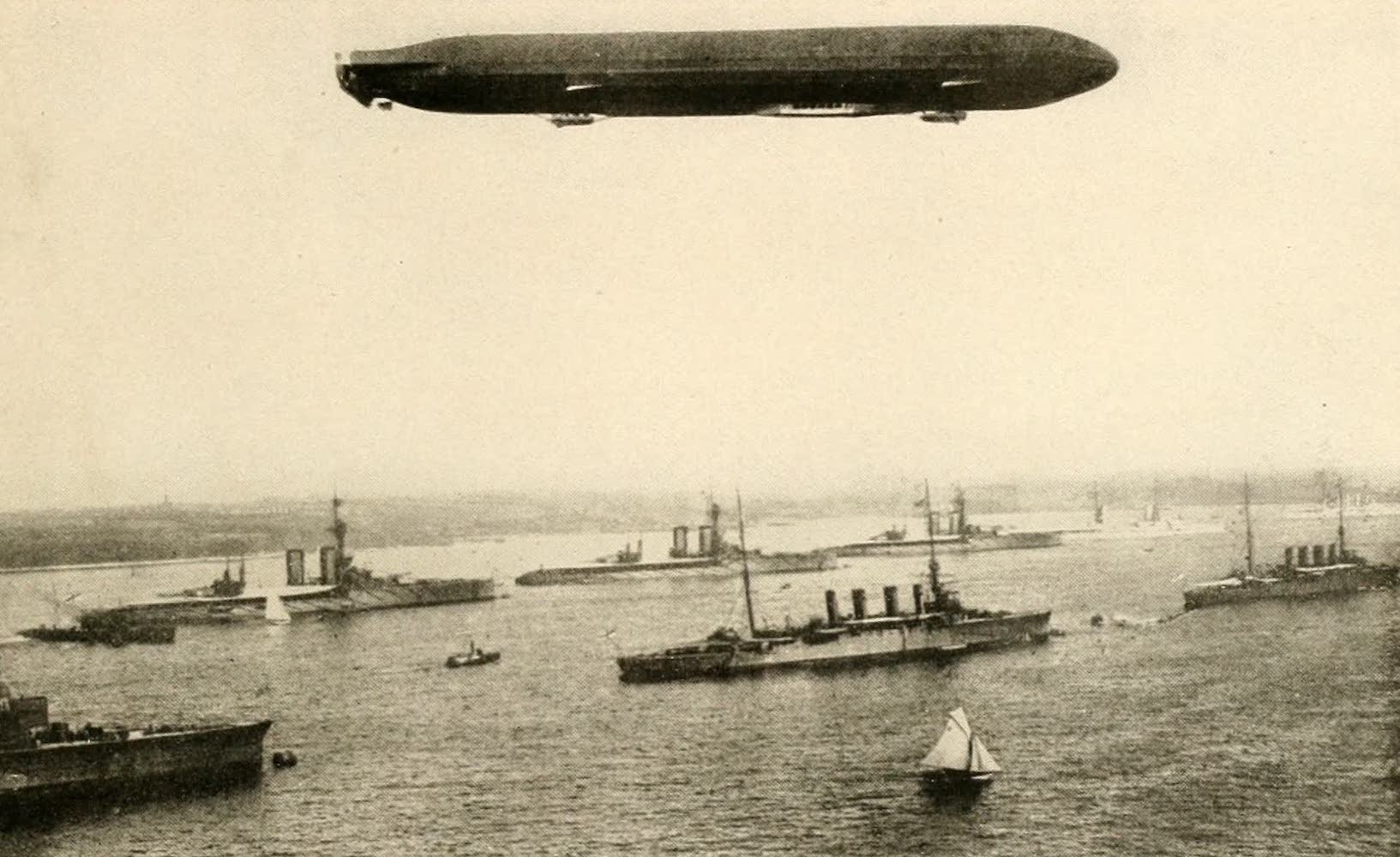 Laird & Lee's World's War Glimpses - German Dirigible Flying Over the British Fleet (1914)