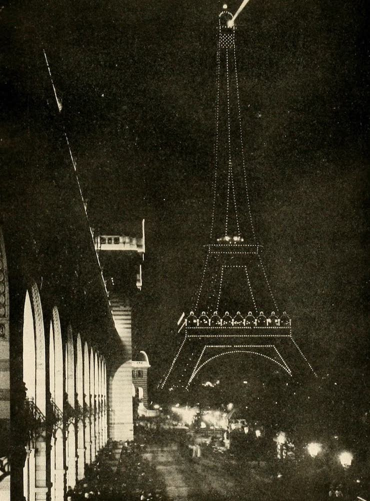 Laird & Lee's World's War Glimpses - Eiffel Tower Searchlight (1914)