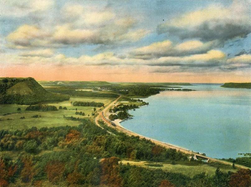 Lake Michigan to Puget Sound - Lake Pepin, Minn., Upper Mississippi River (1923)