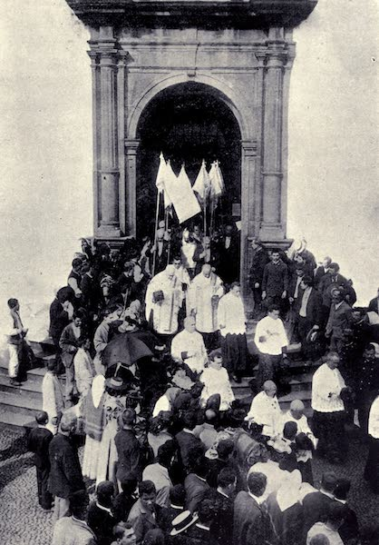 Madeira : Old and New - Procession Leaving S. Peter's Church, Funchal (1909)