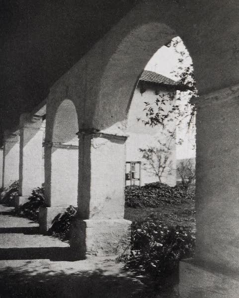 On Sunset Highways - Arcade, San Miguel (1915)