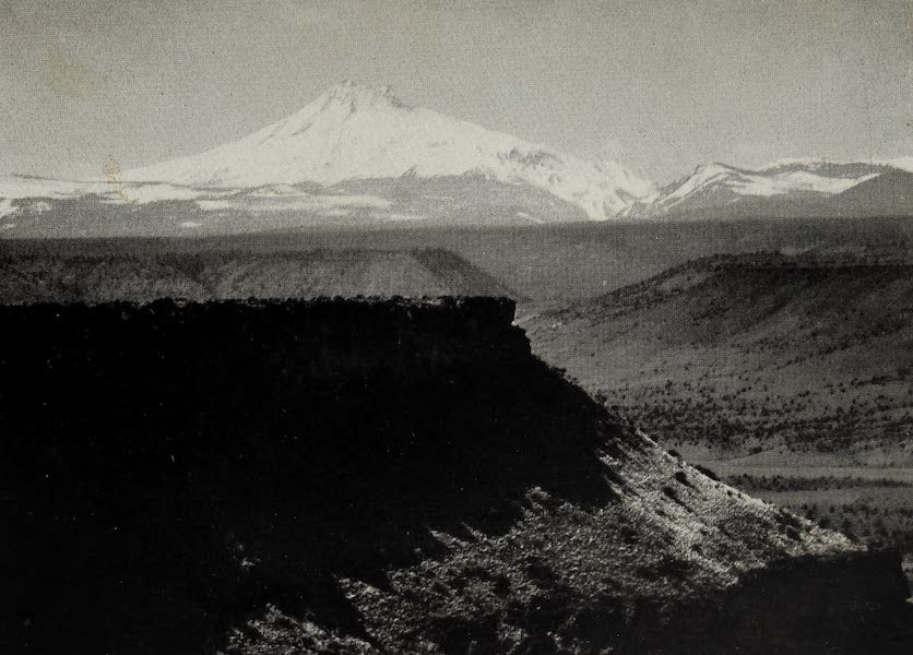 Oregon, the Picturesque - Overlooking Deschutes Canyon. Mt. Jefferson (1917)