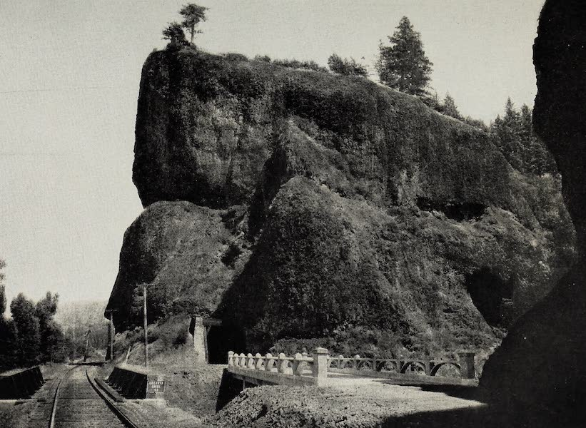 Oregon, the Picturesque - Oneonta Tunnel, Columbia River Highway (1917)
