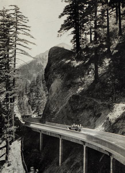 Oregon, the Picturesque - Columbia Highway near Eagle Creek (1917)