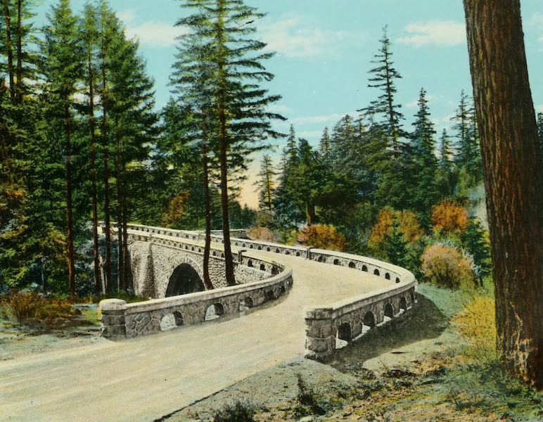 Oregon's Famous Columbia River Highway - East Approach to Eagle Creek (1920)