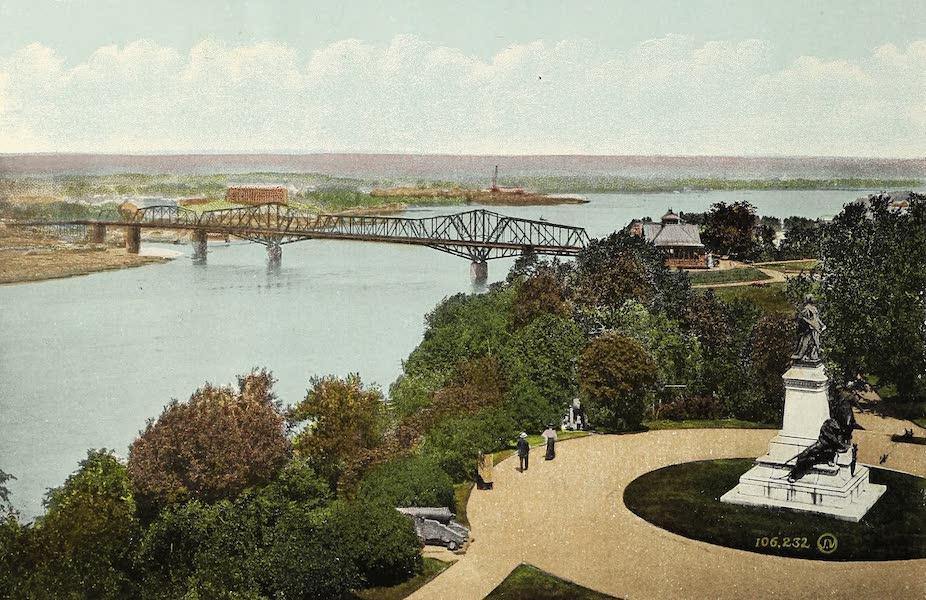 Ottawa and Vicinity - Alexandra Bridge and Queen Victoria Statue (1900)