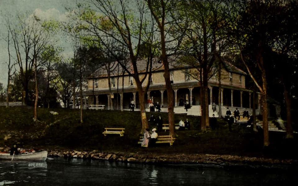 Picturesque Souvenir of Gananoque and Thousand Islands - Tremont Park House, Thousand Islands (1910)
