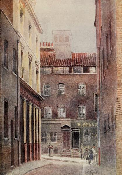 Relics & Memorials of London City - Entrance to Bleeding Heart Yard (1910)