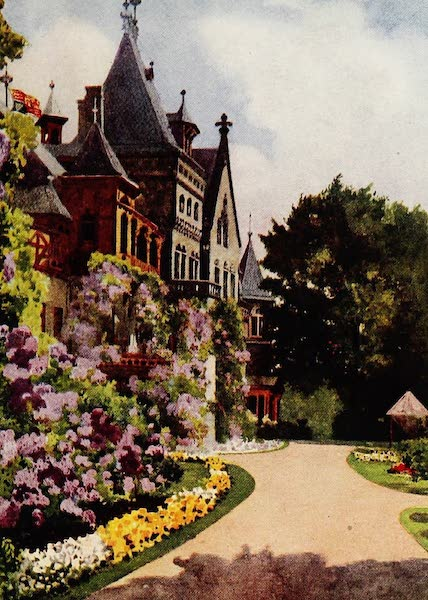 Royal Palaces and Gardens - Schloss zu Gmunden (1916)
