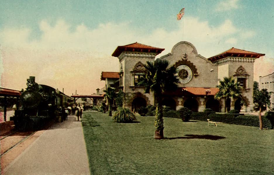 San Antonio, A Descriptive View Book in Colors - The Sunset Depot of the Southern Pacific (1913)