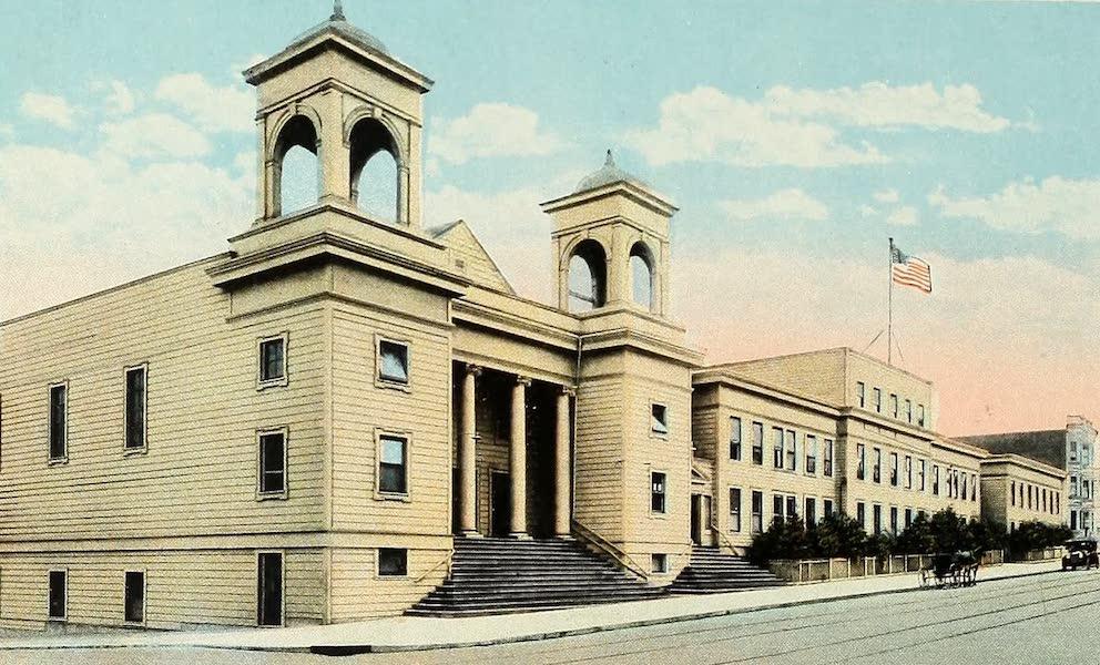 Souvenir Album of Jesuit Colleges and Universities - St. Ignatius University, San Francisco, Cal. (1918)