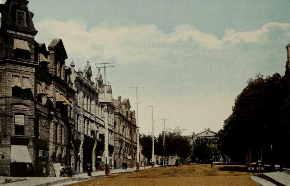 Souvenir of Brockville, Ont. - Court House Avenue [II] (1910)