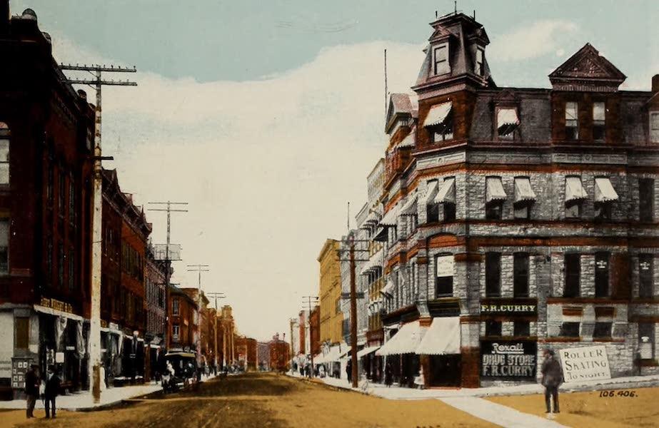 Souvenir of Brockville, Ont. - King Street, looking West (1910)