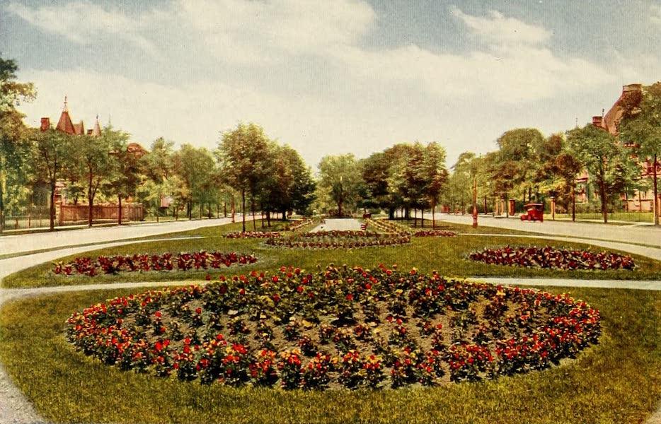Souvenir of Chicago in Colors - Drexel Boulevard (1910)