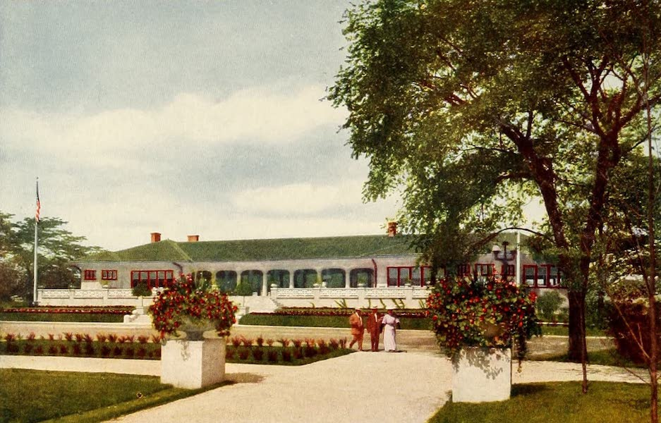 Souvenir of Chicago in Colors - Pavilion at Garfield Park (1910)