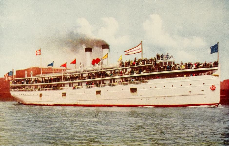 Souvenir of Chicago in Colors - Steamship City of South Haven (1910)