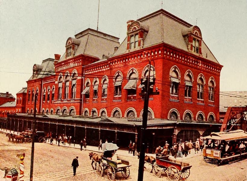 Souvenir of Chicago in Colors - Union Station (1910)