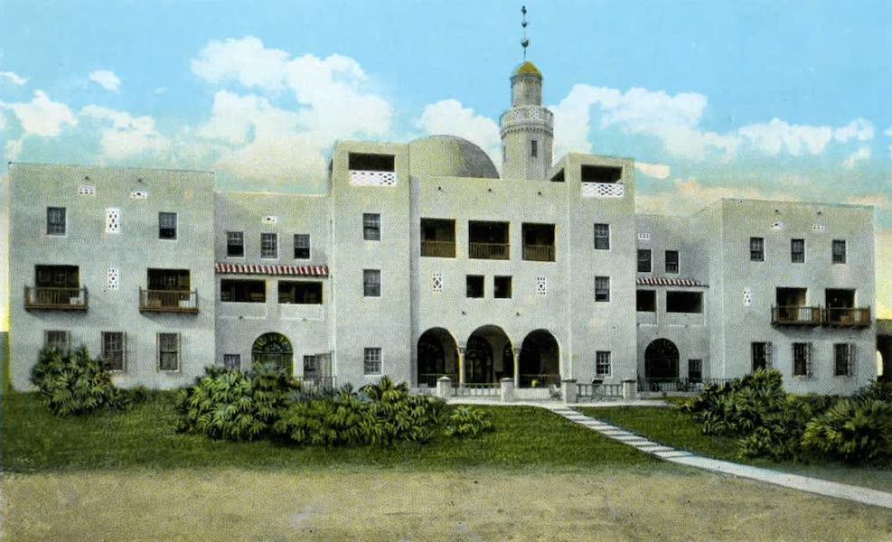 Souvenir of Daytona and Daytona Beach, Florida - Hotel Coquina on the Atlantic Ocean, Ormond Beach (1917)