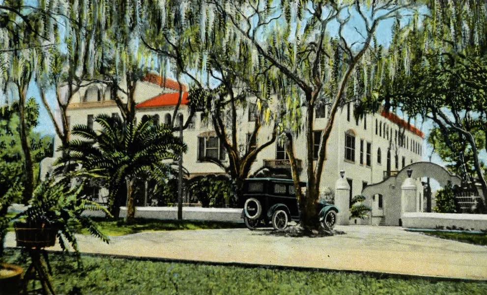 Souvenir of Daytona and Daytona Beach, Florida - Arroyo Gardens on Ridgewood Avenue, Daytona (1917)