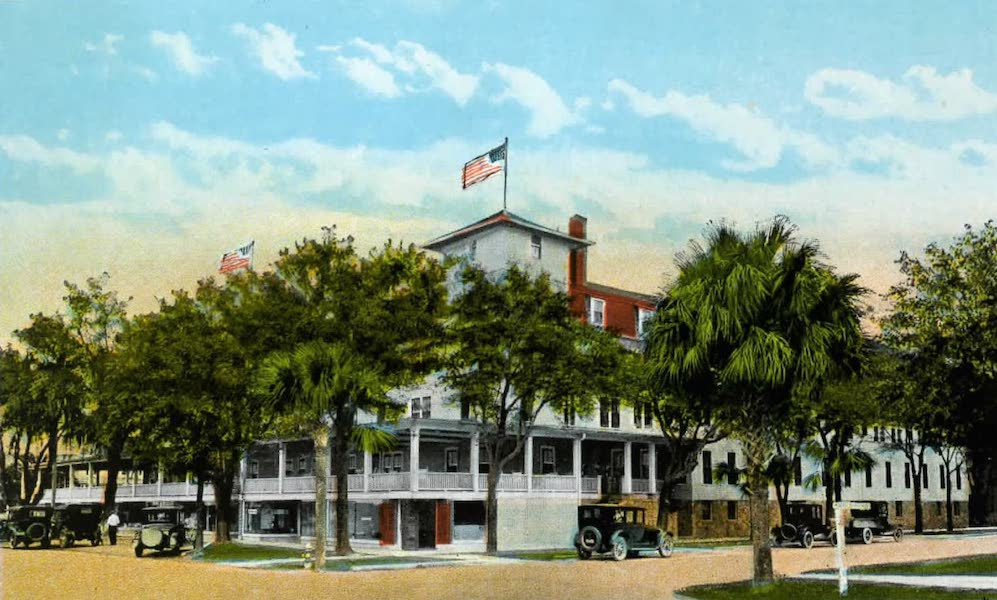 Souvenir of Daytona and Daytona Beach, Florida - The Williams Hotel, Daytona (1917)