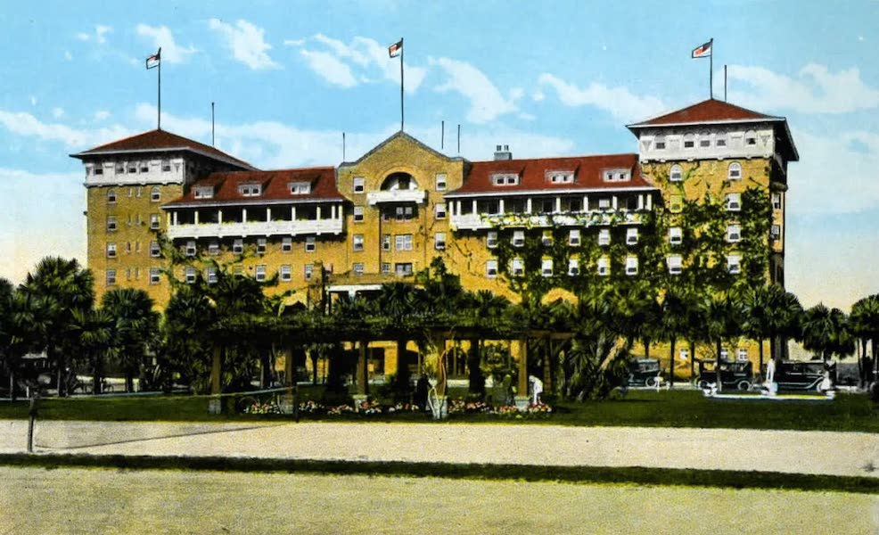 Souvenir of Daytona and Daytona Beach, Florida - The Clarendon Hotel and Tennis Courts, Seabreeze (1917)