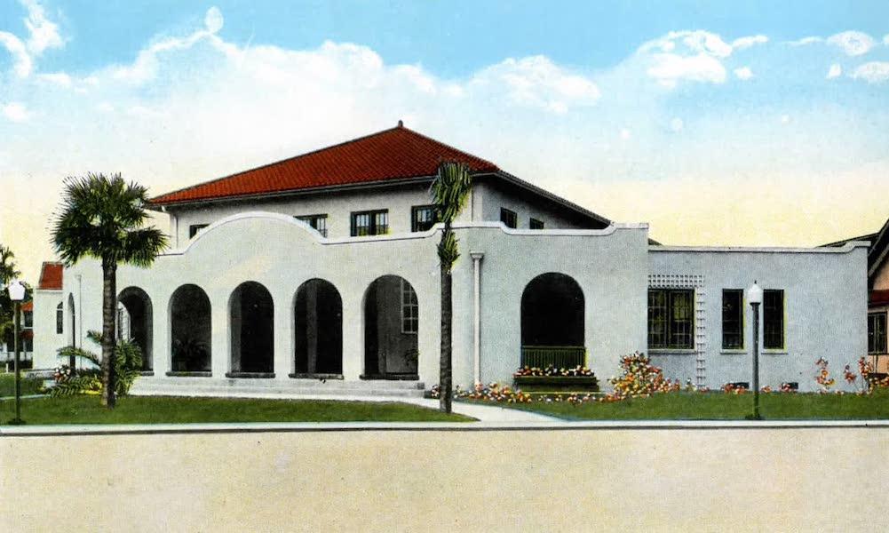 Souvenir of Daytona and Daytona Beach, Florida - Peninsula Club, Daytona Beach (1917)
