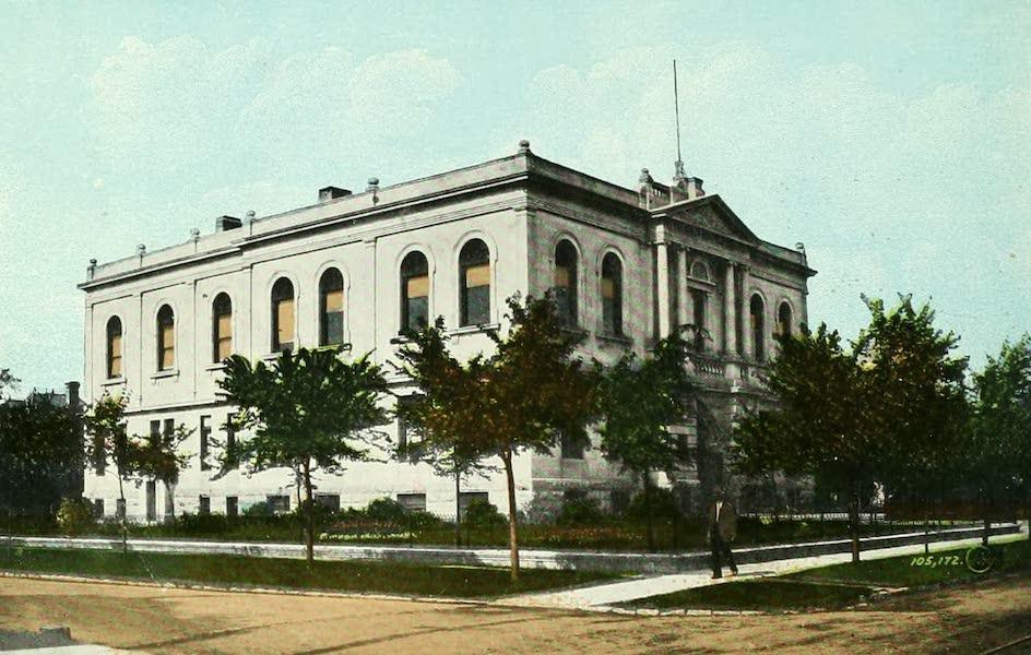 Souvenir of Winnipeg-Manitoba - Carnegie Library (1911)