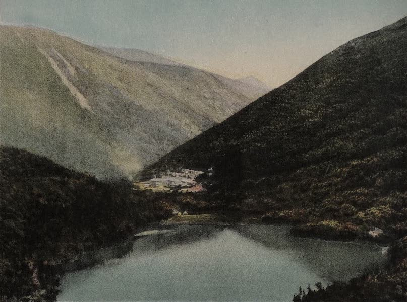 Echo Lake from Artist's Bluff, Franconia Notch