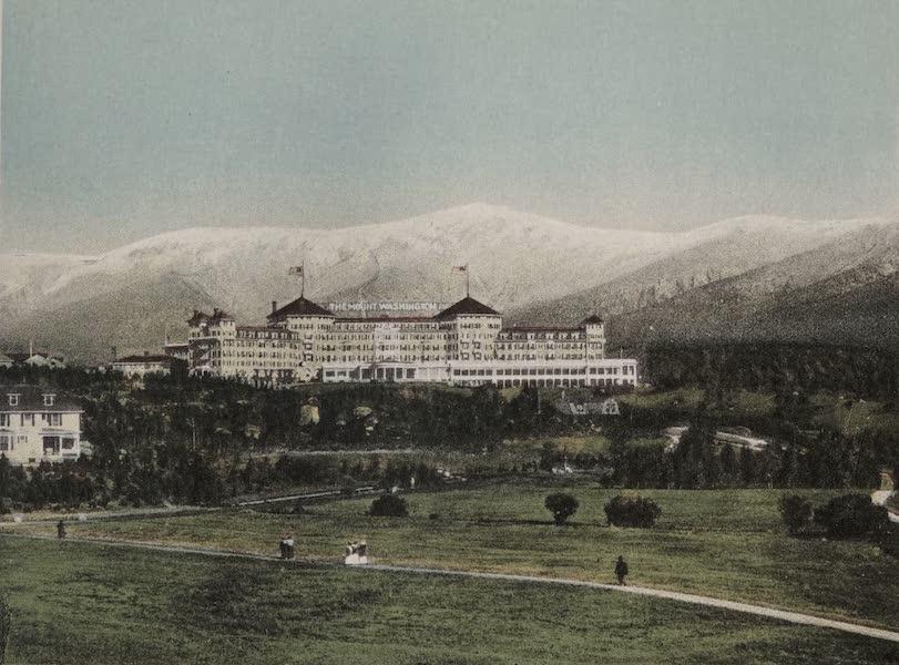 Souvenir View Book of the White Mountains - The Mount Washington and Presidential Range in September, Bretton Woods (1923)