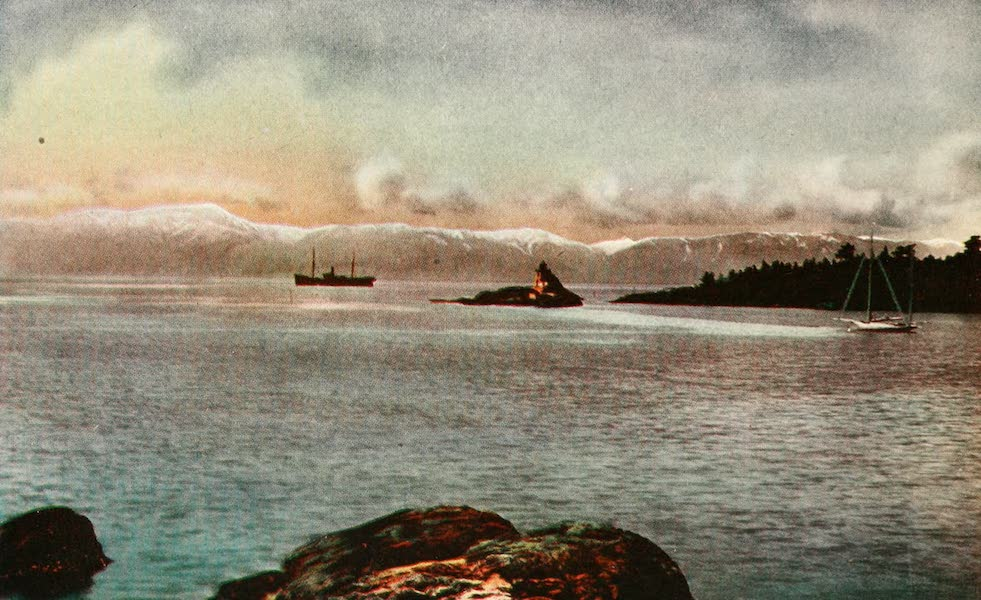 Sunset Canada, British Columbia and Beyond - Entrance to Victoria Harbour (1918)