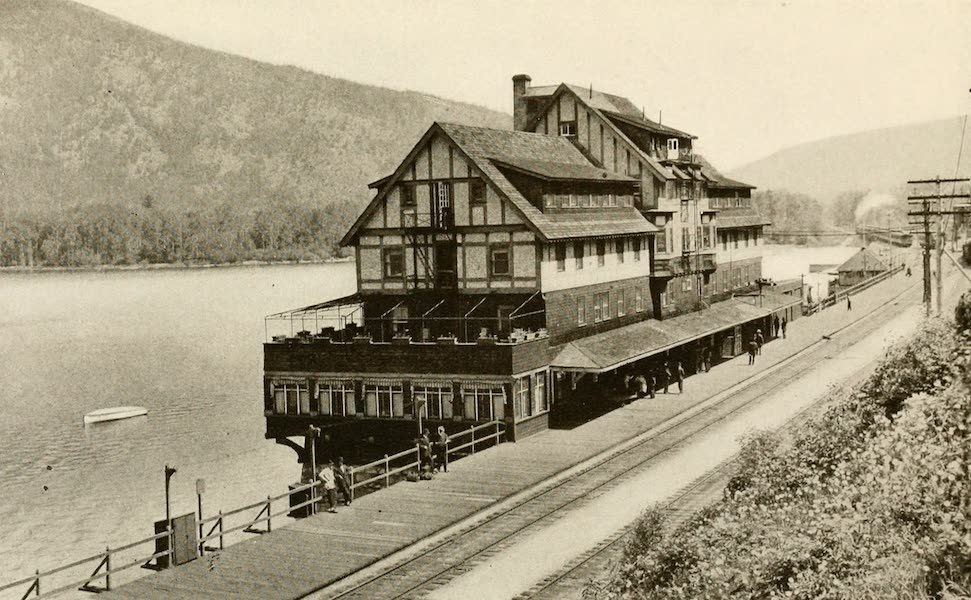 Sunset Canada, British Columbia and Beyond - Hotel at Sicamous (1918)