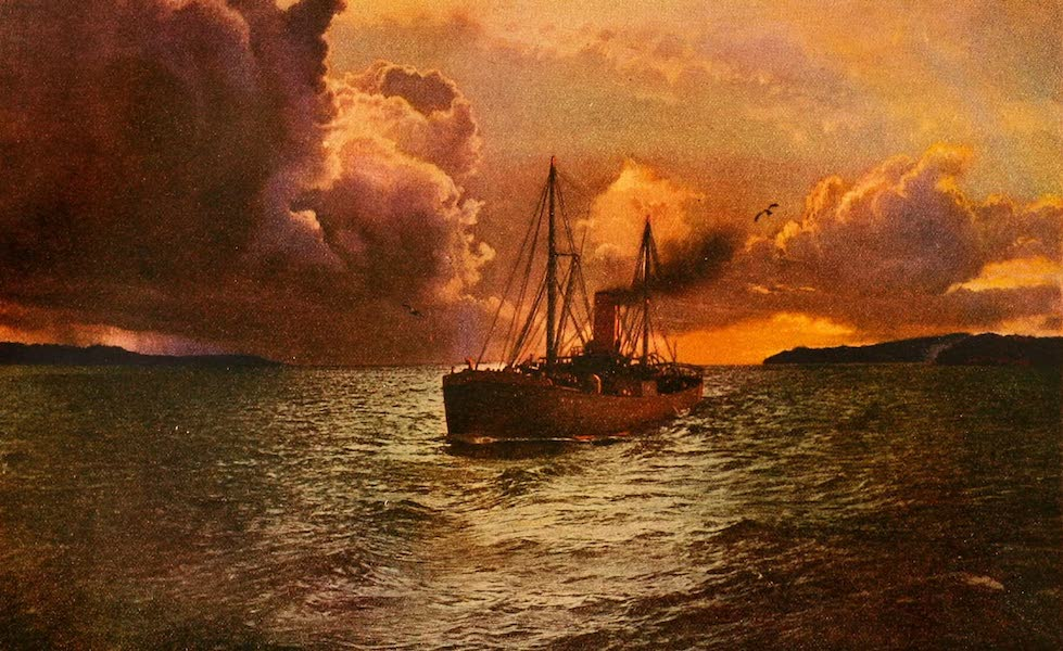 The Land of Living Color - Sunset on the Columbia (1915)