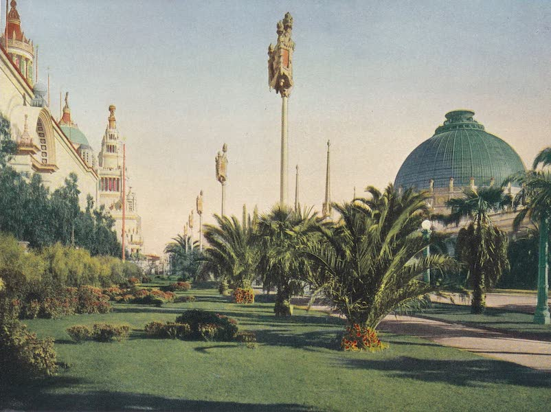 Views of the Panama Pacific International Exposition - [View No. 9] (1915)